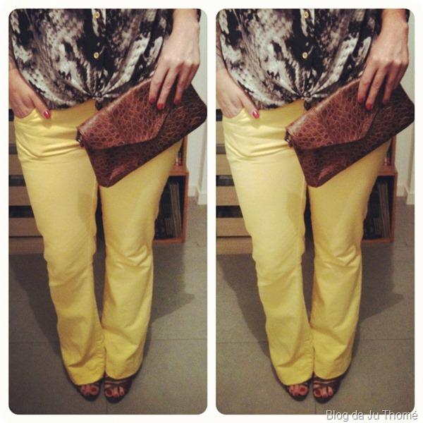look calça amarela e camisa zassi detalhes