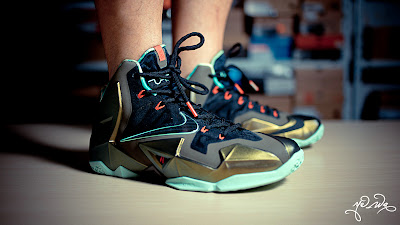 nike lebron 11 gr parachute gold 3 16 kings pride Nike LeBron XI Kings Pride   Detailed Look & Package