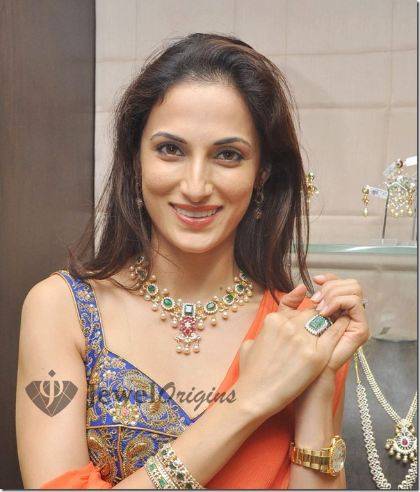 Hiya_Jewelry_Launch (4)