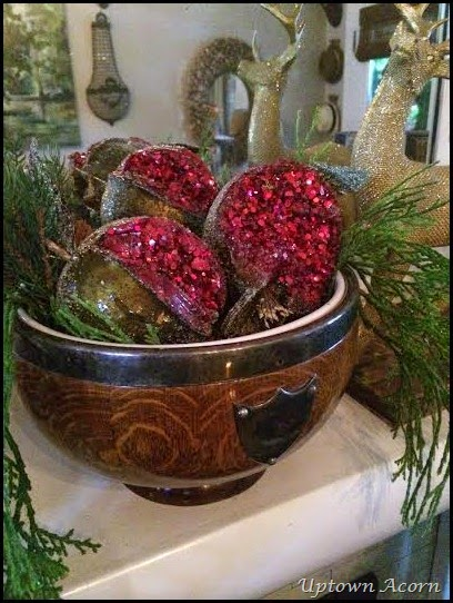 mantle pomegranates