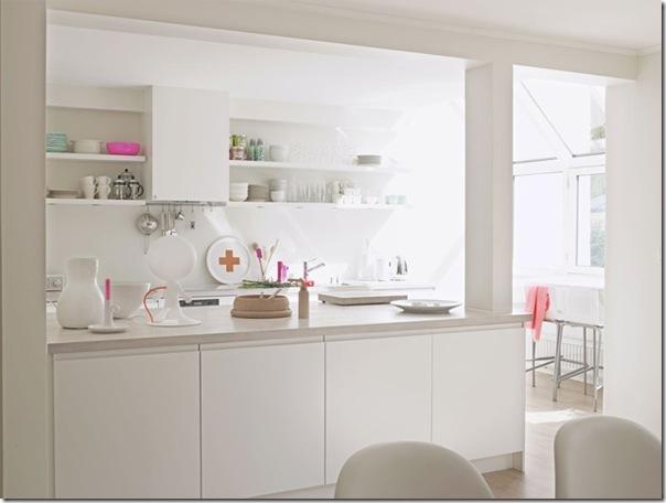 case e interni - casa Scandinava - accenti colori (5)
