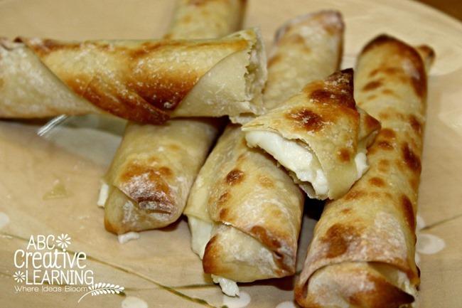 Mozzarella-Cheese-Sticks-Egg-Rolls-Quick-Snack-1024x682