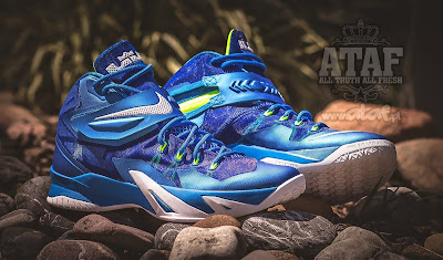 nike zoom soldier 8 gr blue white volt 2 04 Available Now: Nike Zoom LeBron Soldier VIII (8) Sprite