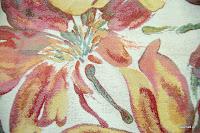 Tkanina meblowa w duże kwiaty. 05