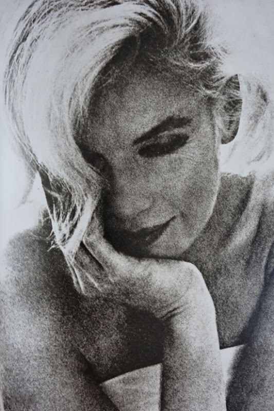 Marilyn Monroe by Bert Stern 1962 / Diana Vreeland Allure / book review and preview / best fashion books / via fashioned by love british fashion blog