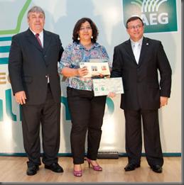 Yara Galvão no prêmio Faeg