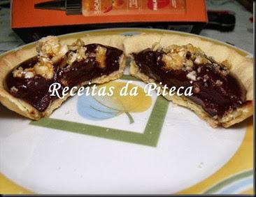 Mini tartes de chocolate e piri-piri com amêndoa triturada-interiorjpg