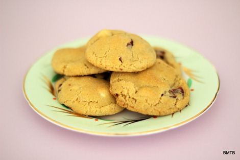 White Chocolate and Cranberry Cookies