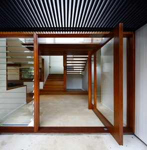 casa de madera Brown Street House