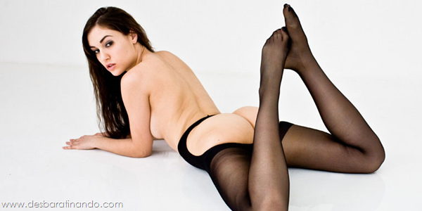 sasha-grey-sexy-linda-sensual-tits-peitos-sexta-proibida-desbaratinando (21)