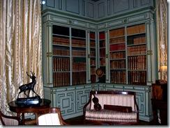 2011.07.25-017 bibliothèque