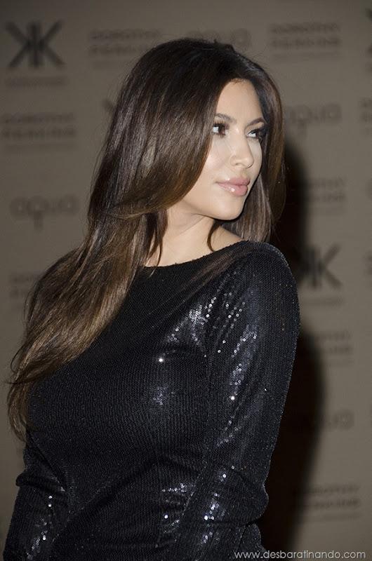 kim-kardashian-linda-sensual-sexy-sedutora-boob-peitos-decote-ass-bunda-gostosa-desbaratinando-sexta-proibida (56)