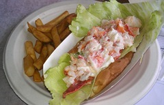 Plymouth Mayflower 8.13 2 lobster roll at woods