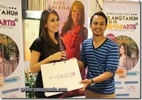 Rentak Artis Siti Saleha 209