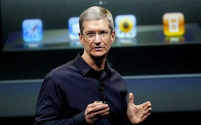 ¡Tim Cook es gay! Y Apple también…