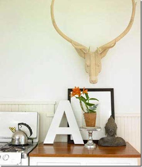 deer-head-eclectic-vignette