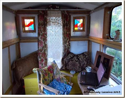 10-29-caravan
