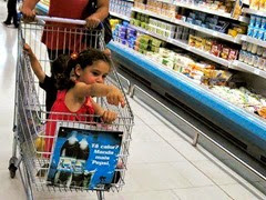 Supermercado con niños