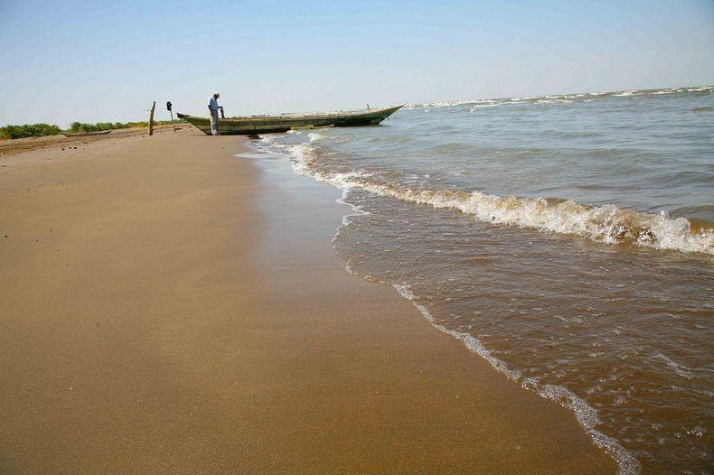 proxy - Lake Turkana, World's Largest Desert Lake - Travel and Tours