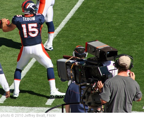 'Tim Tebow (Rear view)' photo (c) 2010, Jeffrey Beall - license: http://creativecommons.org/licenses/by-sa/2.0/