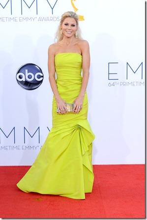 Julie Bowen 64th Annual Primetime Emmy Awards ZpRfBaJM9kol