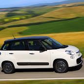 2013-Fiat-500L-MPV-Official-13.jpg