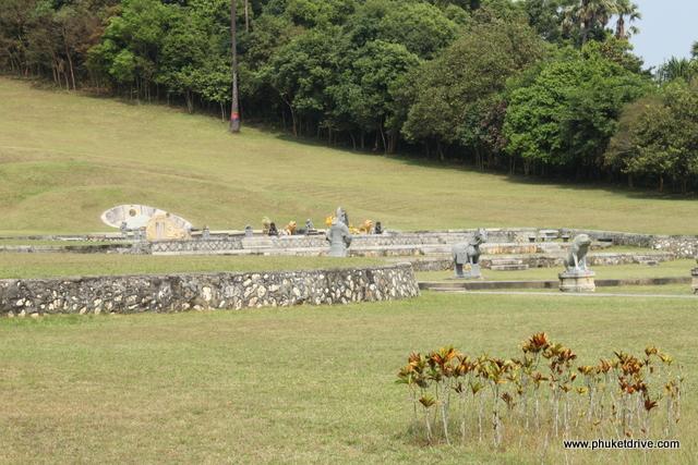 Ranong: Governor's Cemetery / Ранонг: Гробница Губернатора