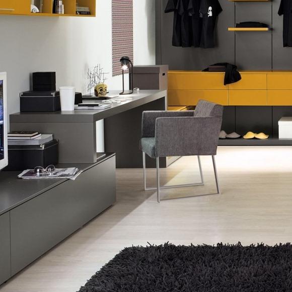 oficina de casa gris amarillo