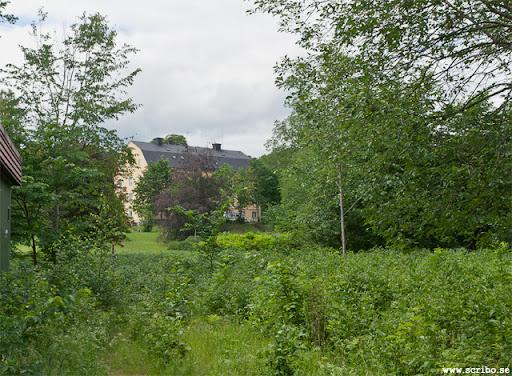 Parken från öster med bränneribyggnaden i fonden