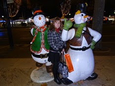 2014.12.01-029 Stéphanie et les bonhommes de neige
