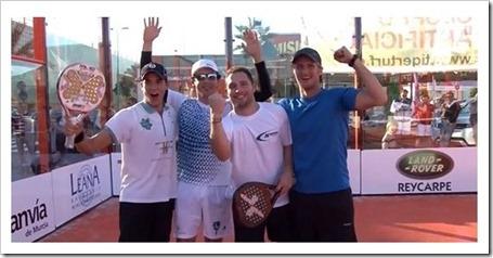 Los jugadores de pádel Carlos Contreras, David Sánchez, Antonio Prats, y Cristian López