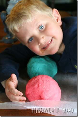 homemade play dough 010