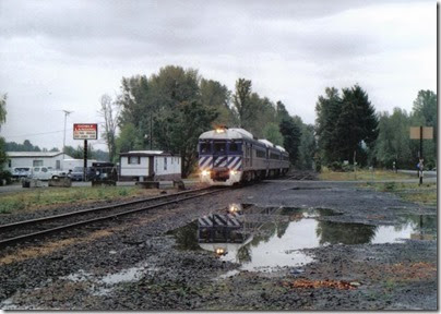Lewis & Clark Explorer at Goble, Oregon on October 1, 2005