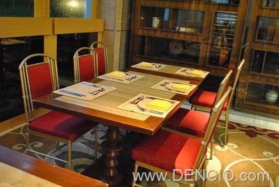 Cafe Ilang Ilang Buffet Manila Hotel 178