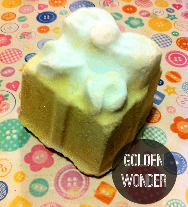 Lush-xmas-2011-golden-wonder