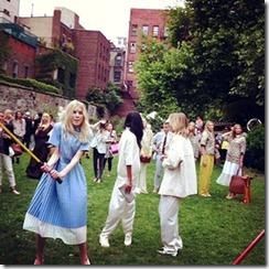 Stella McCartney presentation party F-YBQ3phvO6l