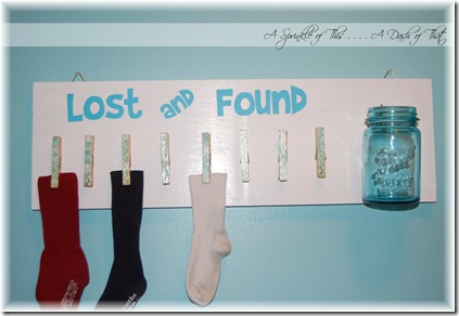 Laundry Room Lost & Found Sign {A Sprinkle of This . . . . A Dash of That}