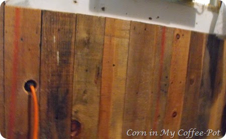 Pallet Wood Wall Project 2