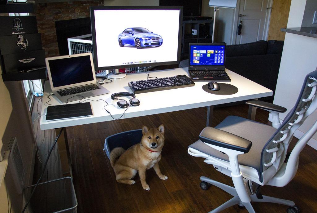 [White_Computer_Desk_White_Chair_2%255B2%255D.jpg]
