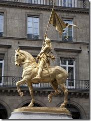 3884934-198616-paris-statue-of-joan-of-arc