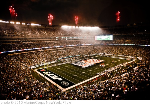 'Service members unfurl flag at NY Jets first home game in new stadium' photo (c) 2010, MarineCorps NewYork - license: http://creativecommons.org/licenses/by/2.0/