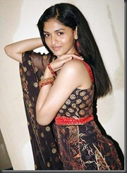 actress_sunaina_without_makeup_pics