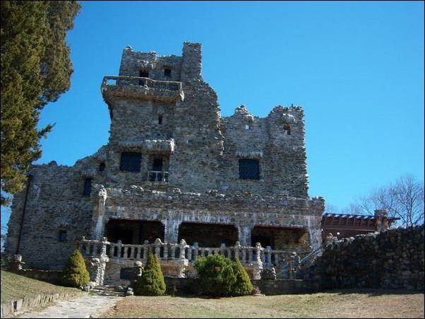 05-Gillette-Castle2