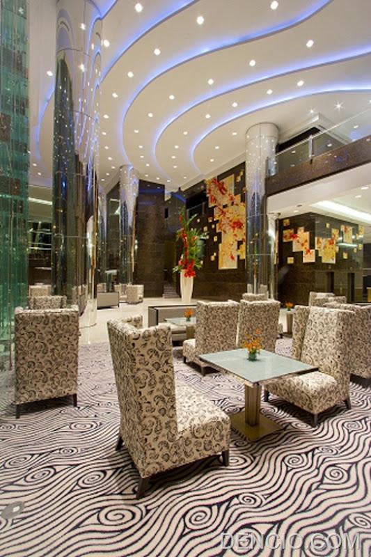 Lobby at Acacia 9