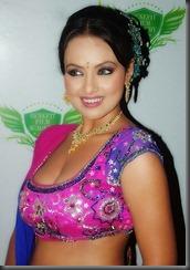 sana-khan-very hot pic
