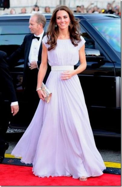 Kate-Middleton-bafta-lilac Alexander McQueen