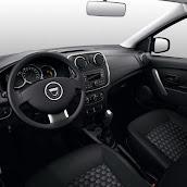 2013-Dacia-Logan-Sandero-Interior-10.jpg