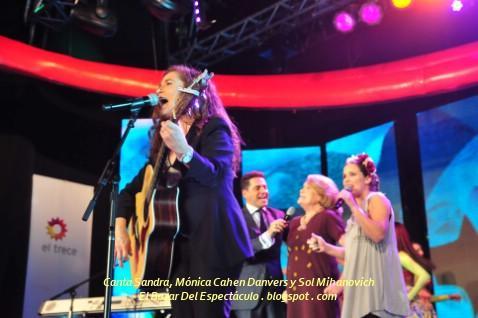 Canta Sandra, Mónica Cahen Danvers y Sol Mihanovich.jpg