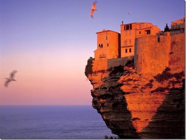 Corse-Bonifacio-Koming-Up