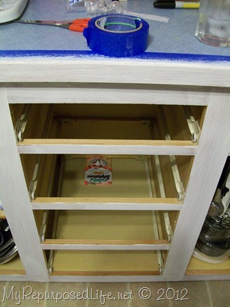 How to Paint Oak Cabinets (6)